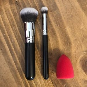 NWT - Brush & Sponge Trio - MORPHE